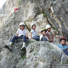 Kids rock climbing course